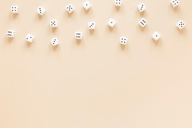 Scienza delle probabilità di dadi disposizione vista dall'alto