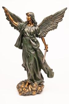 Scultura dell'antica dea greca della vittoria nike