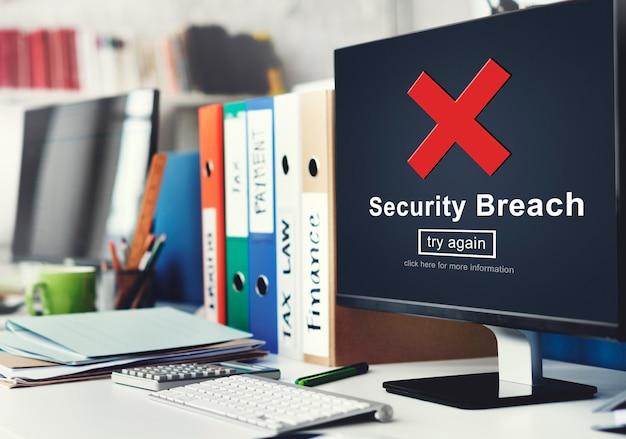 Violazione della sicurezza hacker cyber crime privacy policy concept
