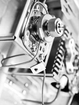 Gascromatografo con sensore. attrezzatura chimica da laboratorio. background industriale