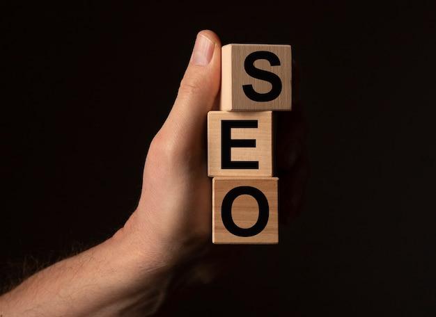 Acronimo di parola seo, concetto di ottimizzazione dei motori di ricerca.