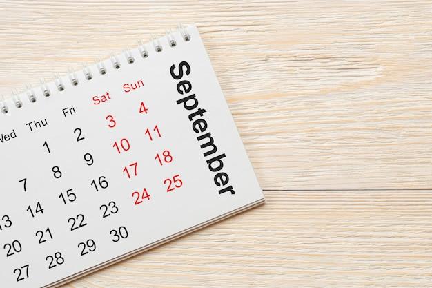 Settembre concetto di calendario del blocco note
