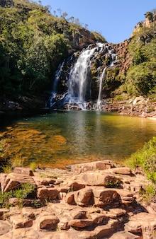 Serra morena cascata nel parco nazionale serra do cipo minas gerais brazil