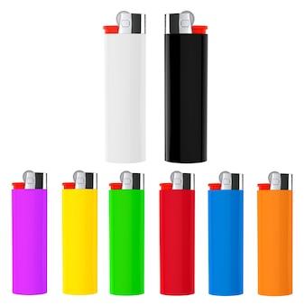 Set di accendini multicolore closeup su sfondo bianco