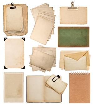 Set di vari vecchi fogli di carta album di foto d'epoca e pagine di libri pezzi di carte isolati