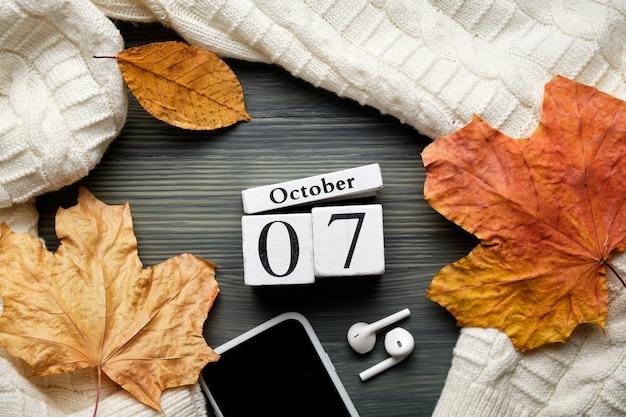 Settimo giorno del mese di autunno del calendario ottobre