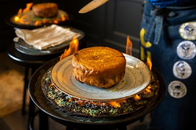 Pilaf di shah. il pilaf di khan in lavash in azero al ristorante