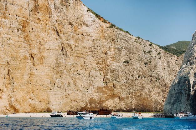 Baia del naufragio, isola di zante