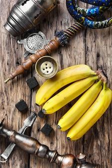 Narghilè shisha con aroma di tabacco alla banana