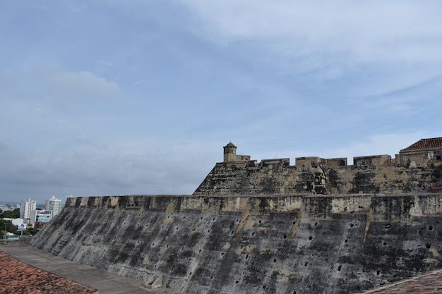 Vista laterale del castello di san felipe de barajas, a cartagena, colombia