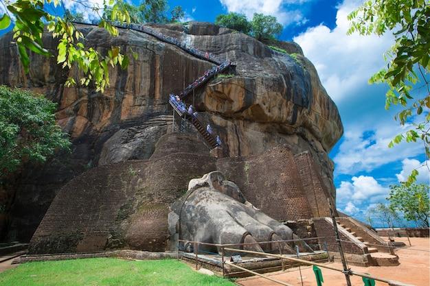 Fortezza di sigiriya lion rock in sri lanka