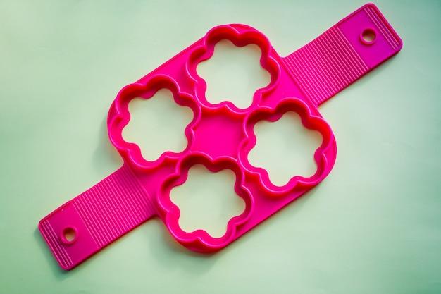 Stampi in silicone per cuocere a forma di cuore e strumenti per cuocere i biscotti