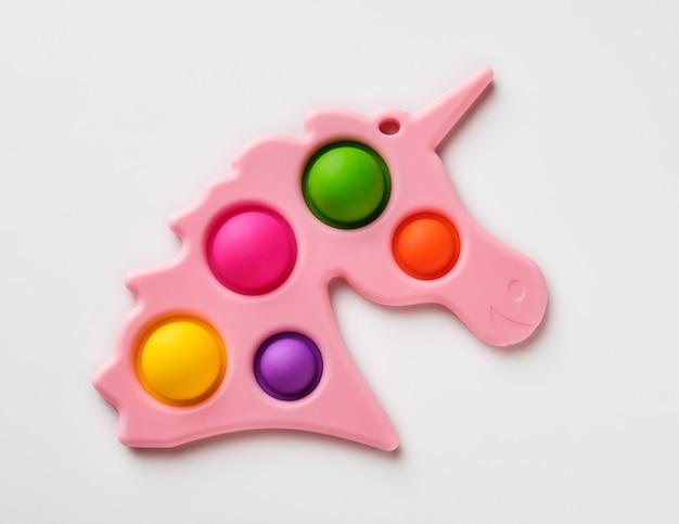 Simple dimple - giocattoli antistress sensoriali in silicone fidget gioco colorato arcobaleno. strumenti calmanti, scoppiettii antistress per adulti, giocattoli a bolle di spinta alla moda.