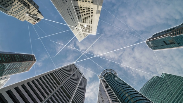 Città digitale intelligente con grafica astratta della globalizzazione che mostra la rete di connessione