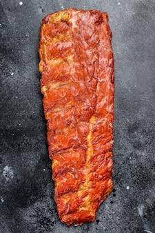 Costine di maiale affumicate in salsa barbecue