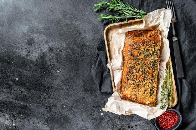 Filetto di salmone affumicato con spezie