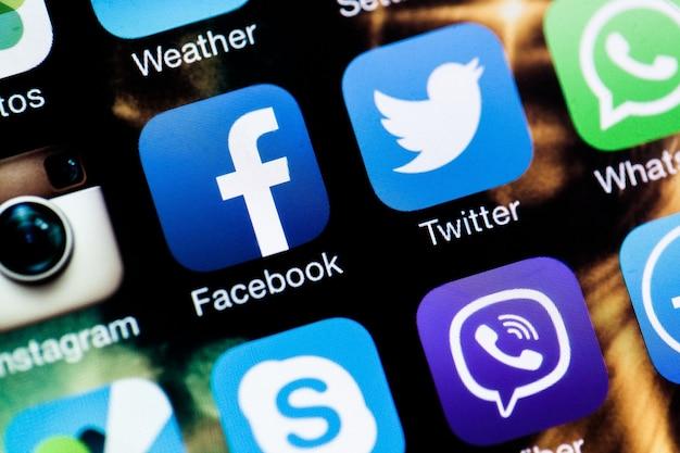 Applicazioni di social media su iphone