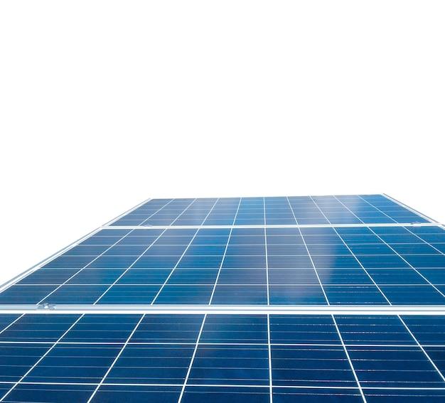 Pannelli solari isolati in bianco per il concetto di energia solare Foto Premium