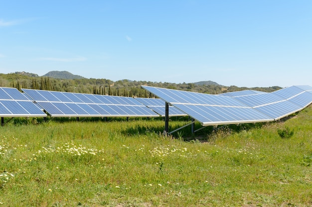 Sistema di generazione di energia solare fotovoltaica