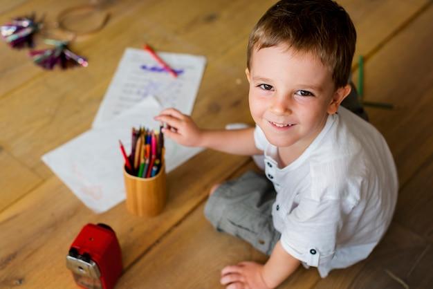 Imparare a trascorrere le vacanze con la felicità del figlio