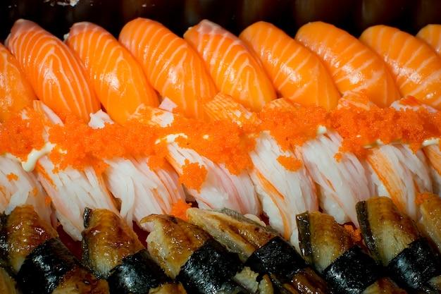 Una specie di sushi