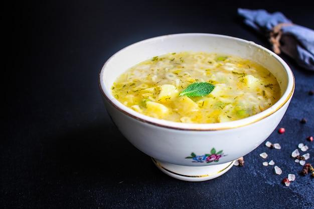 Zuppa di verdure e pasta