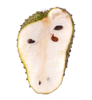 Soursop frutta isolato su uno sfondo bianco