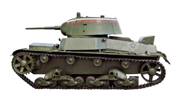 Carro armato t-26 della fanteria leggera sovietica isolato su fondo bianco