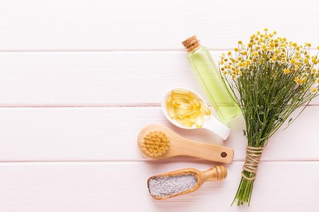 Sfondo spa con uno spazio per un testo. cartolina d'auguri di spa wellnes. tema aromaterapia, cosmetici fatti a mano