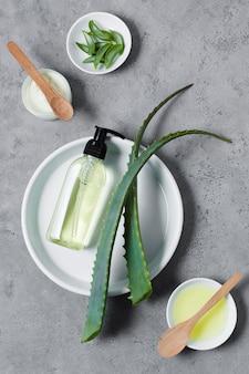 Spa e trattamento di bellezza con olio di aloe vera