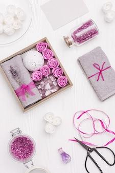 Spa relax a casa con fiori di lavanda e rose da bagno sapone bomba da bagno con olio di lavanda