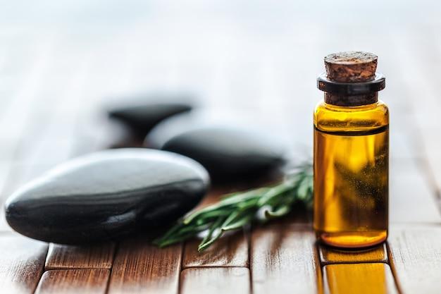 Trattamento termale olio aromaterapico terapia lastone aromaterapia olio per massaggi erboristeria merce