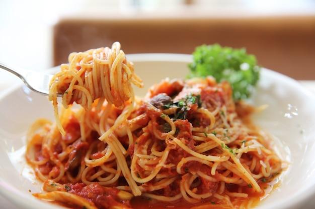 Spaghetti al ragù di manzo alla bolognese