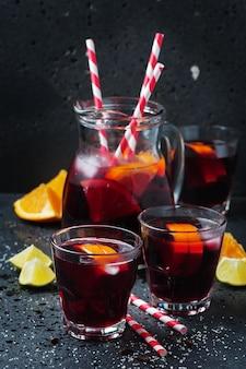 Sangria spagnola con arancia e lime