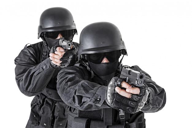 Ufficiali di spec ops swat