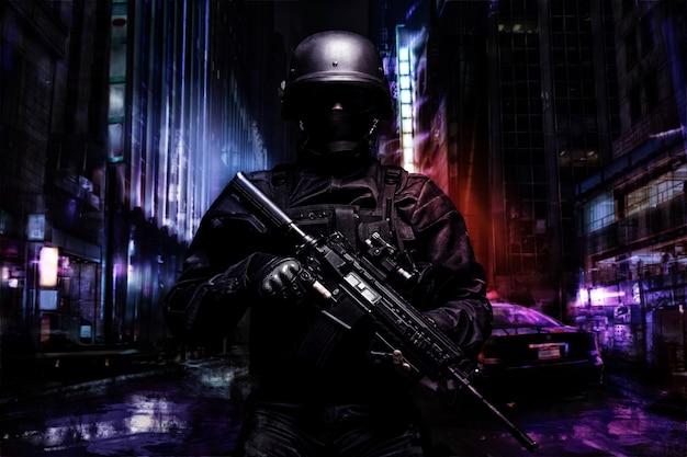 Ufficiale di polizia di spec ops