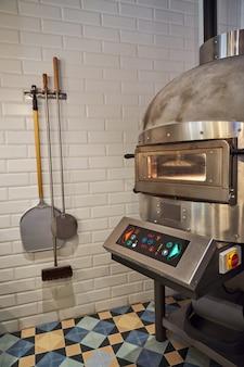 Forno industriale speciale per la preparazione della pizza