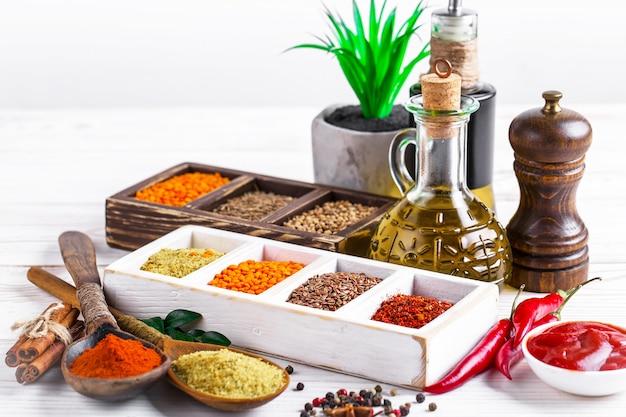 Spezie e condimenti per alimenti