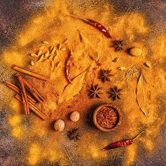 Spezie ingredienti per cucinare
