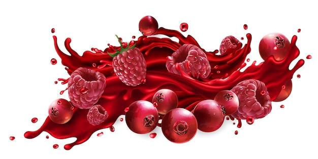 Spruzzata di succo di frutta con mirtilli rossi e lamponi isolati su sfondo bianco