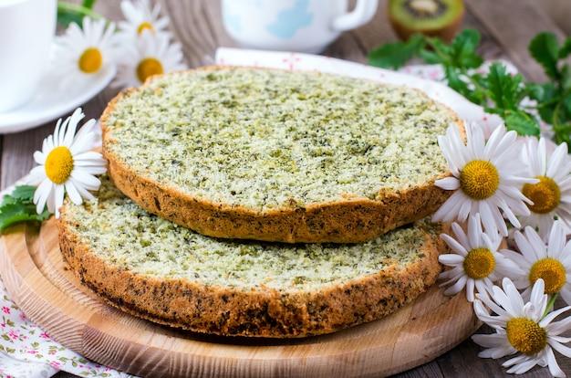 Pan di spagna agli spinaci