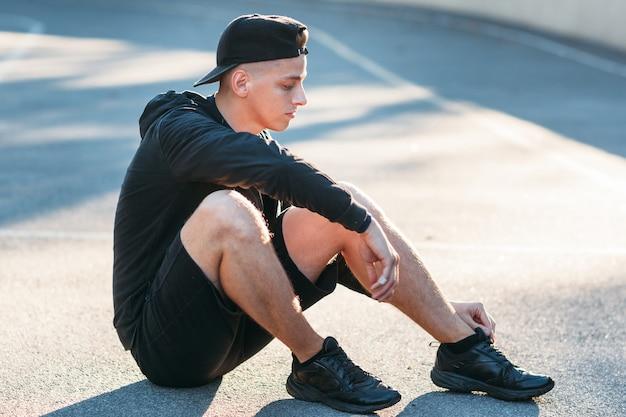 Sport fitness salute formazione stile di vita il concetto di concorrenza
