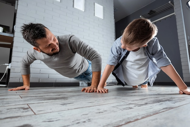 Famiglia sportiva, padre e figlio messi insieme