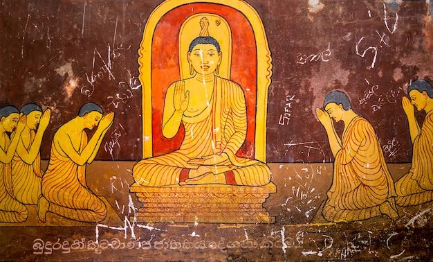 Sri lanka, nel vecchio tempio del buddha, attrazioni turistiche. ceylon, patrimonio unesco. cultura asiatica, religione del bubbhismo