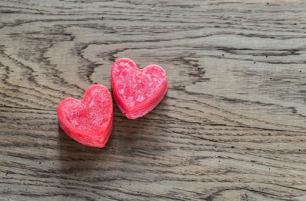 Candele a forma di cuore di san valentino