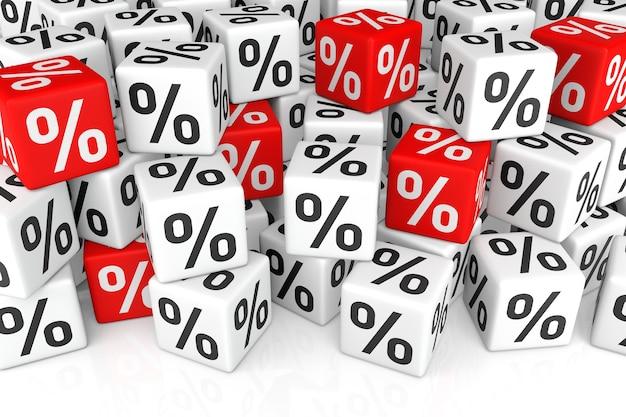 Pila di cubo con segno di percentuale (concetto di vendita o finanza)