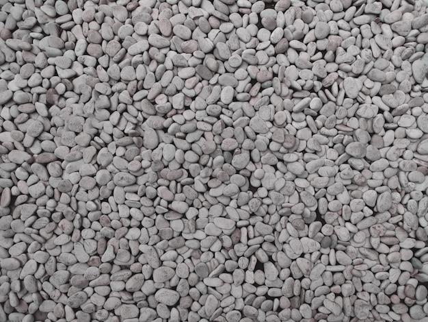 Piccola pietra naturale da esterno impilata