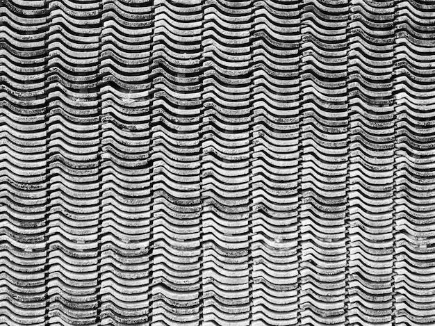 Rivestimento in piastrelle impilate nell'area esterna