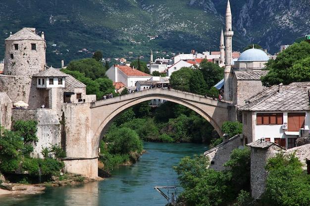 Stari most - il vecchio ponte a mostar, in bosnia ed erzegovina