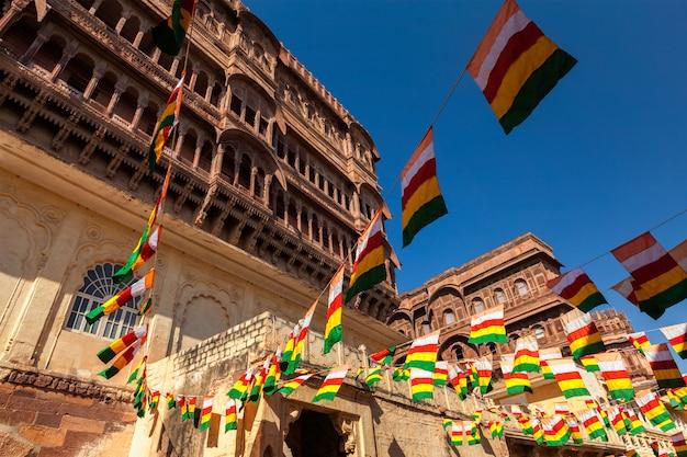 Bandiere statali di jodhpur-marwar a meharngarh